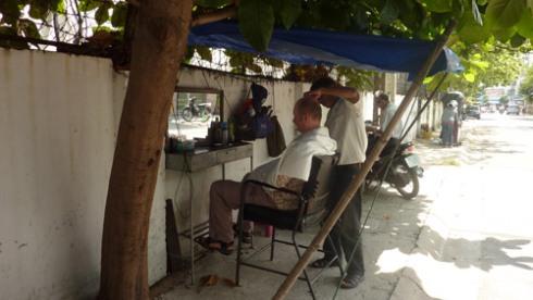 Tony & Guys Vietnam Style image
